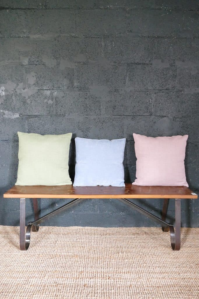 kitchen bench with cushions