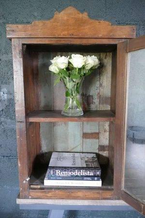 medicine box cabinet