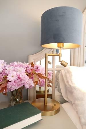 MONTANA ANTIQUE BRONZE LAMP & SHADE