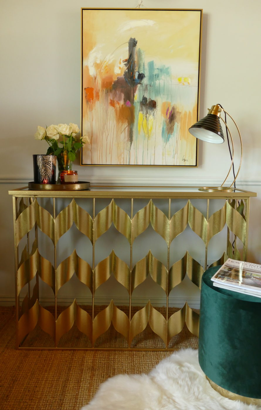gold mirror console table