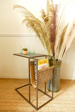 LOLA SIDE TABLE WITH MAGAZINE RACK