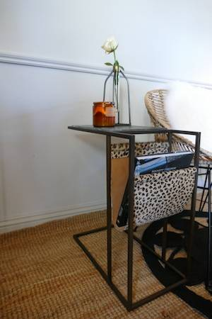 LOLA SIDE TABLE WITH MAGAZINE RACK WITH CHAIR
