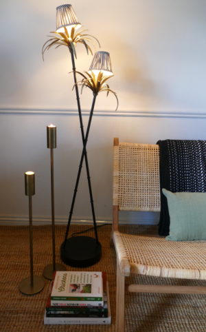 PALM TREE FLOOR LAMP WITH CHAIR