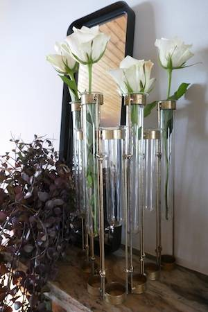 TEST TUBE ROW VASE WITH MIRROR