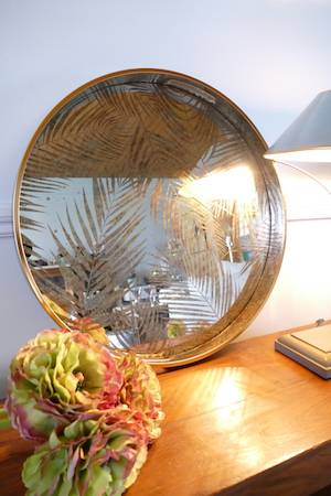 MIRRORED FERN TRY WITH LAMP
